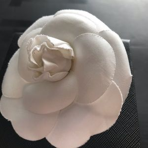 Auth CHANEL Camellia Flower Brooch White Textile